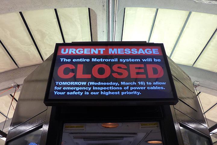 metro closed